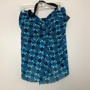 NWT Ava & Viv Blue Printed Bathing Suit Top Sz 22W